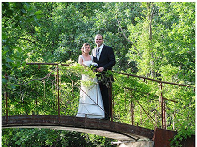 La boda de Roberto y Mari Carmen en Valdastillas, Cáceres 16