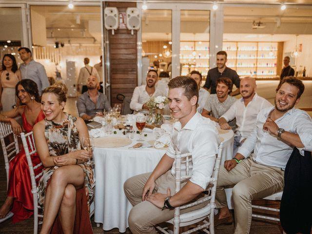 La boda de Alberto y Lorena en Arenys De Mar, Barcelona 111