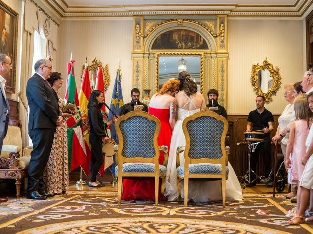 La boda de Ziortza y Irene en Vitoria-gasteiz, Álava 38