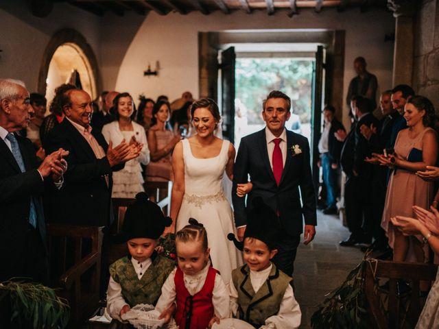 La boda de Félix y Patricia en Santiago De Compostela, A Coruña 16
