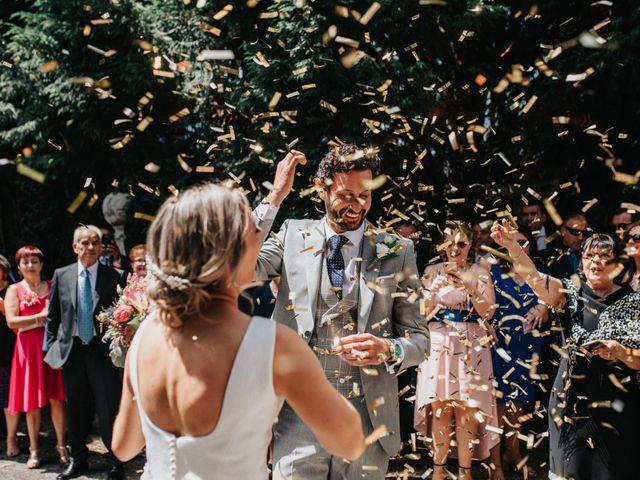 La boda de Félix y Patricia en Santiago De Compostela, A Coruña 32