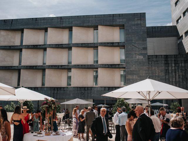 La boda de Félix y Patricia en Santiago De Compostela, A Coruña 43