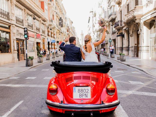 La boda de Edu y Aroa en Picassent, Valencia 42