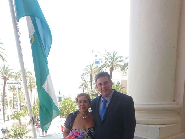 La boda de mercedes victoria y antonio en Cádiz, Cádiz 6