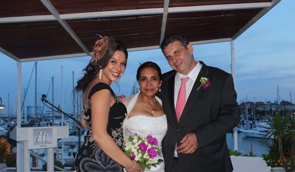 La boda de mercedes victoria y antonio en Cádiz, Cádiz