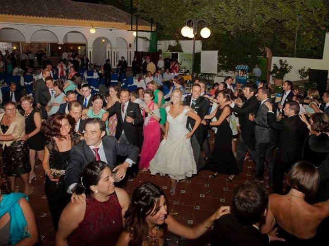 La boda de Fernando y Maribel en Alcaudete, Jaén 26