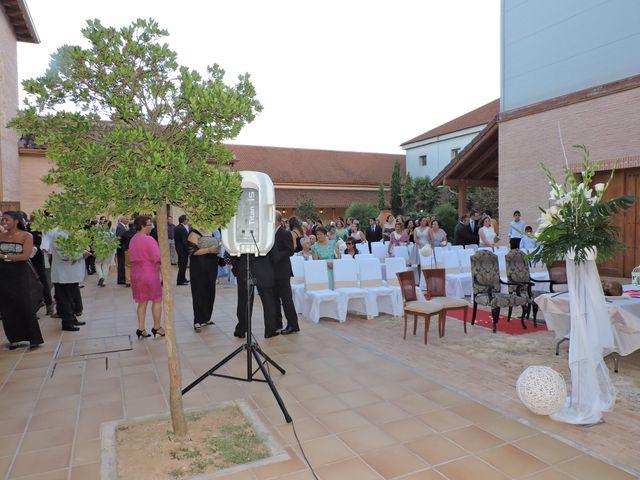 La boda de Guillermo y Vanesa en Argamasilla De Alba, Ciudad Real 3