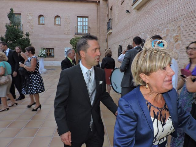 La boda de Guillermo y Vanesa en Argamasilla De Alba, Ciudad Real 5