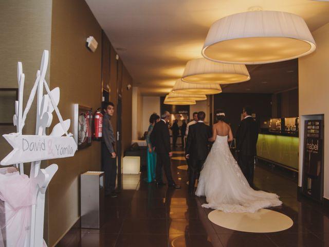 La boda de David y Yamila en Tomelloso, Ciudad Real 13
