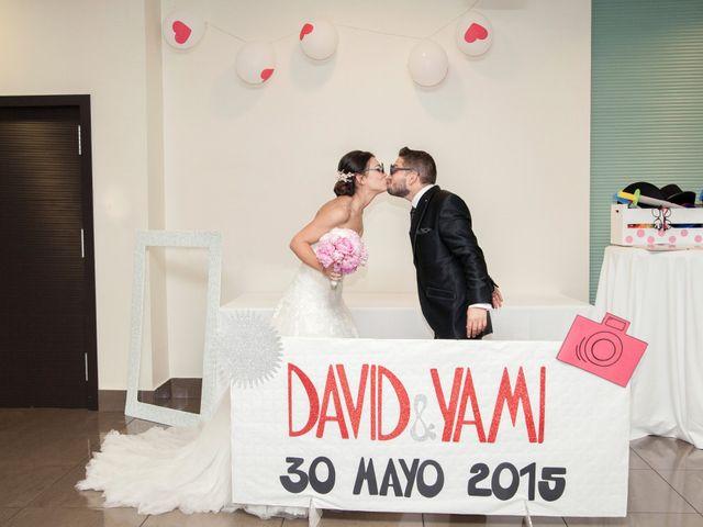 La boda de David y Yamila en Tomelloso, Ciudad Real 15