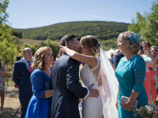 La boda de Arturo y Lorena en Beraiz, Navarra 1