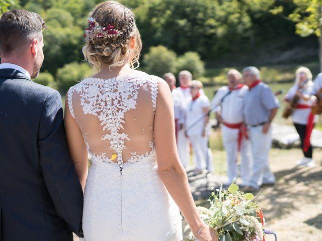 La boda de Arturo y Lorena en Beraiz, Navarra 14