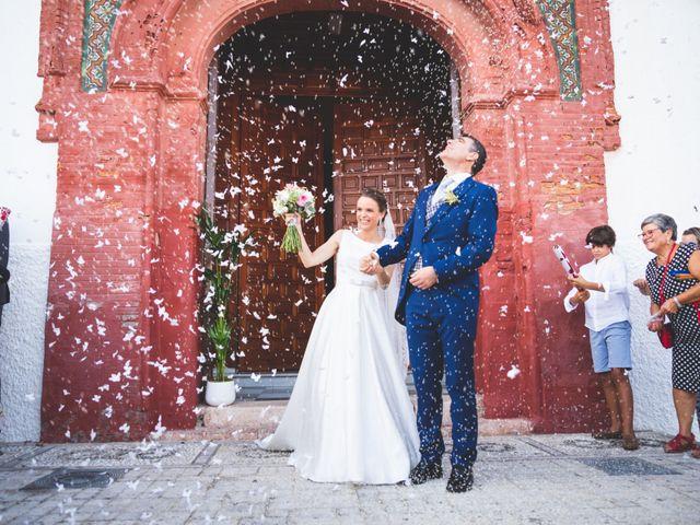 La boda de Antonio y Isabel en Salobreña, Granada 4