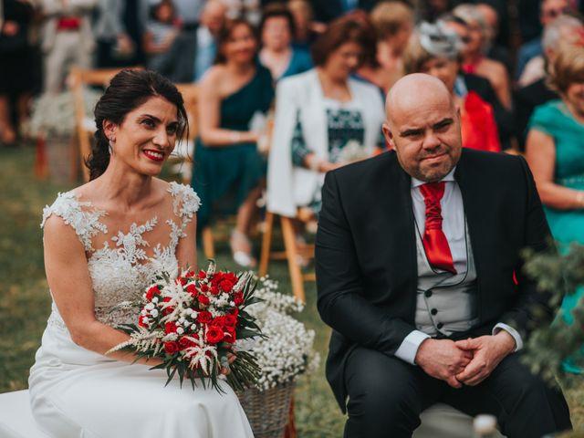 La boda de Oscar y Noa en Raxó (Poio), Pontevedra 17
