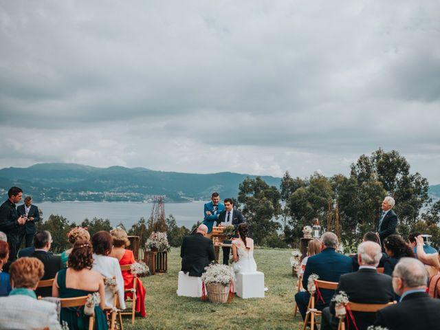 La boda de Oscar y Noa en Raxó (Poio), Pontevedra 22