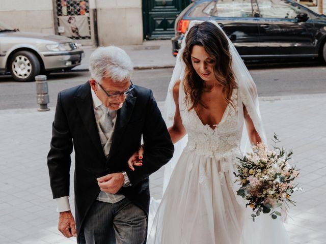 La boda de Rafa y Paloma en Madrid, Madrid 32