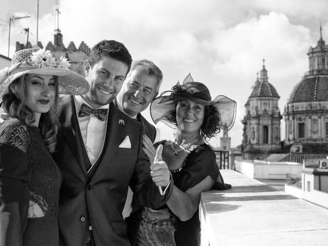 La boda de MªAngeles y Manuel en Mairena Del Alcor, Sevilla 13