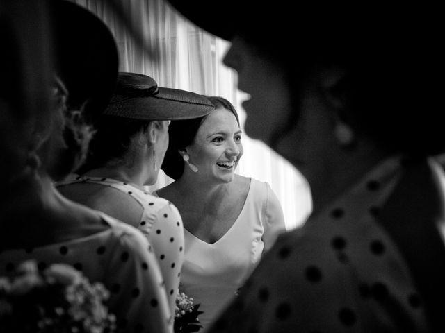 La boda de MªAngeles y Manuel en Mairena Del Alcor, Sevilla 28