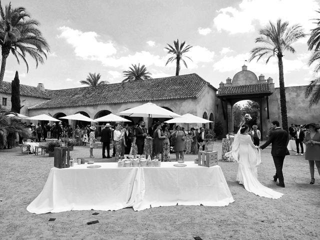 La boda de MªAngeles y Manuel en Mairena Del Alcor, Sevilla 75