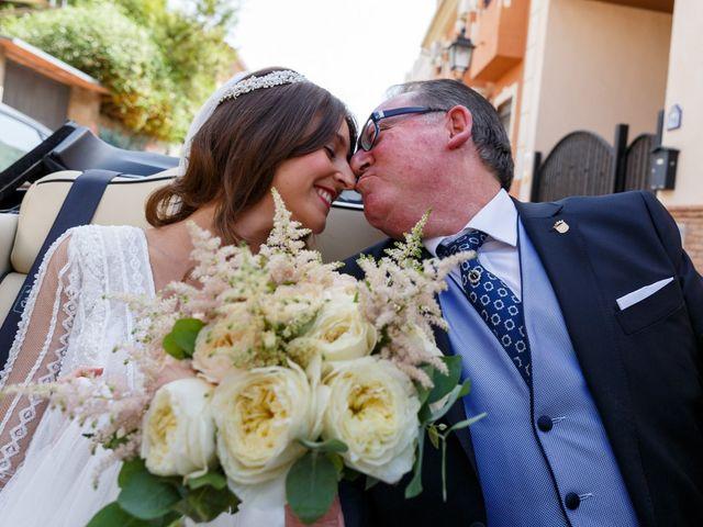 La boda de Juan y Virginia en Fuente Vaqueros, Granada 44