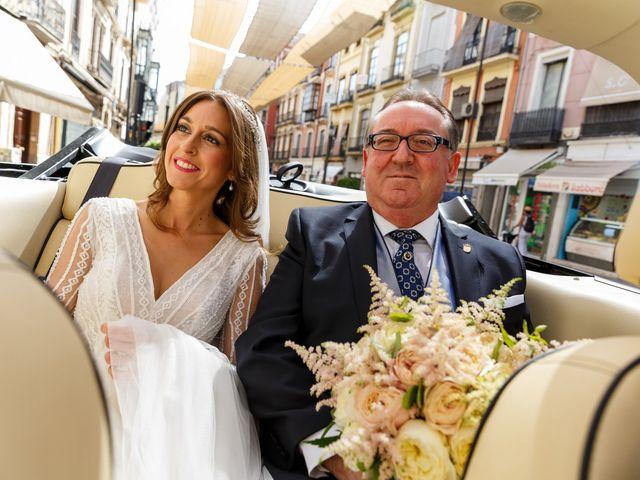 La boda de Juan y Virginia en Fuente Vaqueros, Granada 45