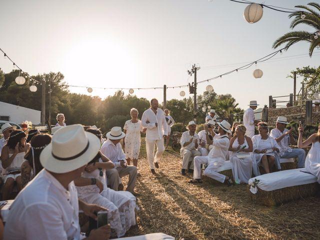 La boda de Michal y Olga en Olivella, Barcelona 14