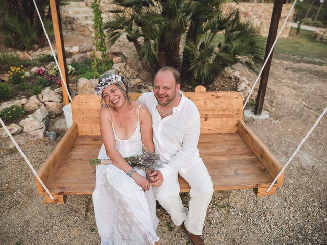 La boda de Michal y Olga en Olivella, Barcelona 34