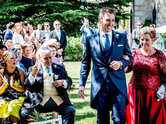 La boda de David y Cristina en Torrelodones, Madrid 25