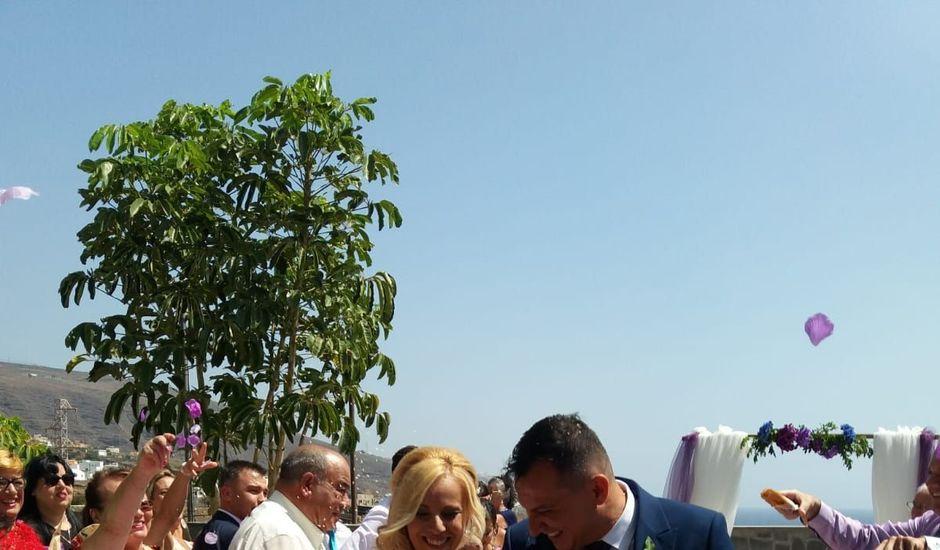 La boda de Tere y Yapci en Candelaria, Santa Cruz de Tenerife