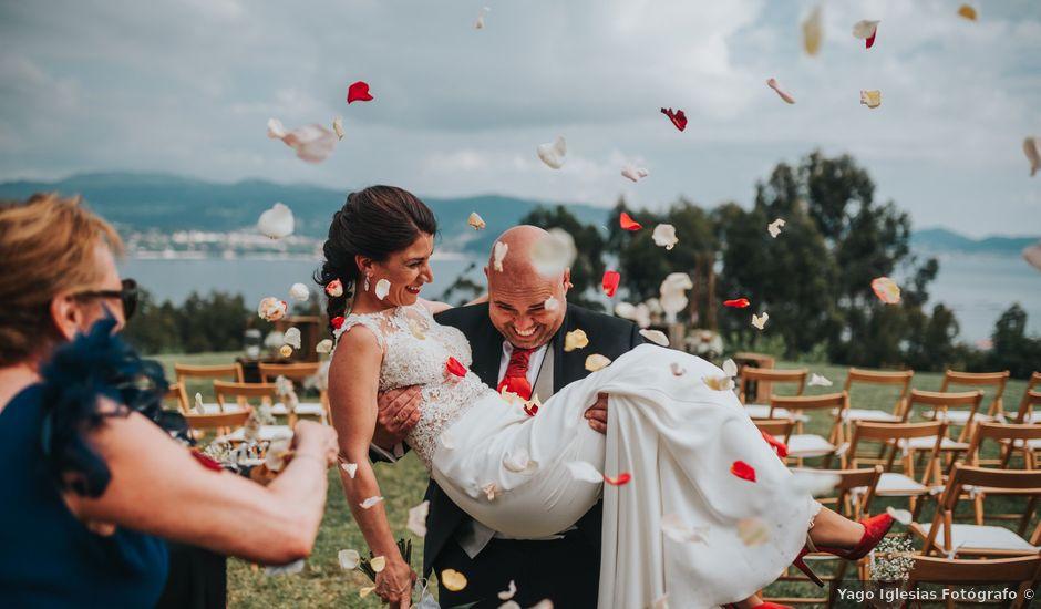 La boda de Oscar y Noa en Raxó (Poio), Pontevedra