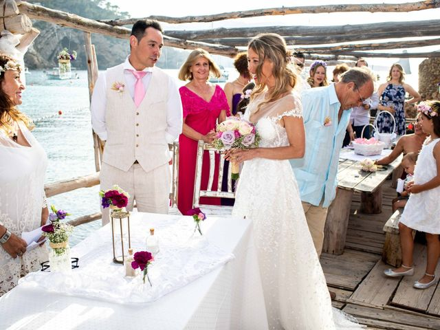 La boda de Iván y Katherine en Eivissa, Islas Baleares 22