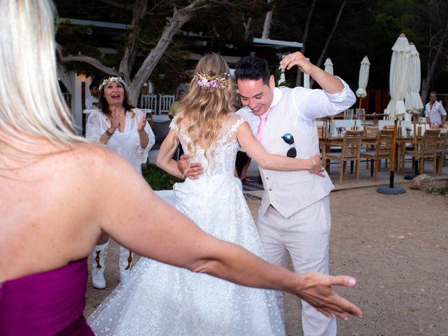 La boda de Iván y Katherine en Eivissa, Islas Baleares 45