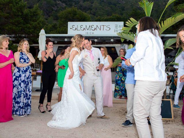 La boda de Iván y Katherine en Eivissa, Islas Baleares 47