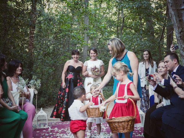 La boda de Antonio y Janira en Nuevalos, Zaragoza 22