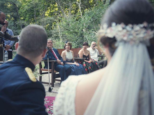 La boda de Antonio y Janira en Nuevalos, Zaragoza 25