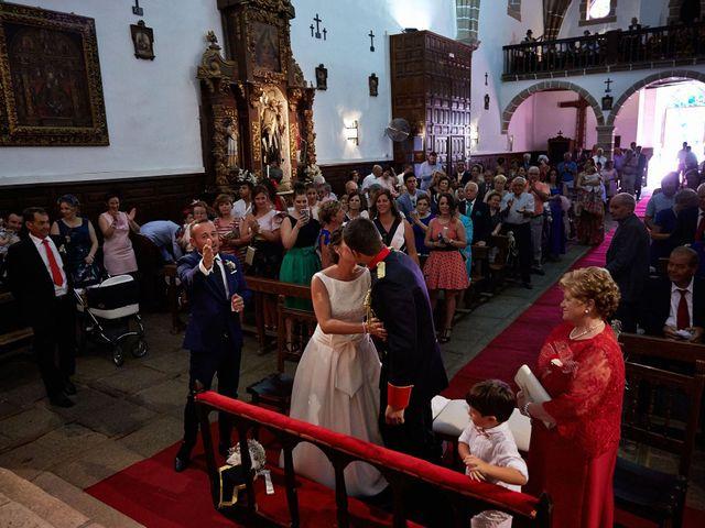 La boda de David y Meme en Jaraiz De La Vera, Cáceres 22