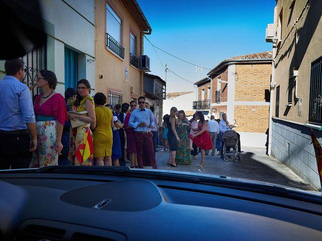 La boda de David y Meme en Jaraiz De La Vera, Cáceres 33