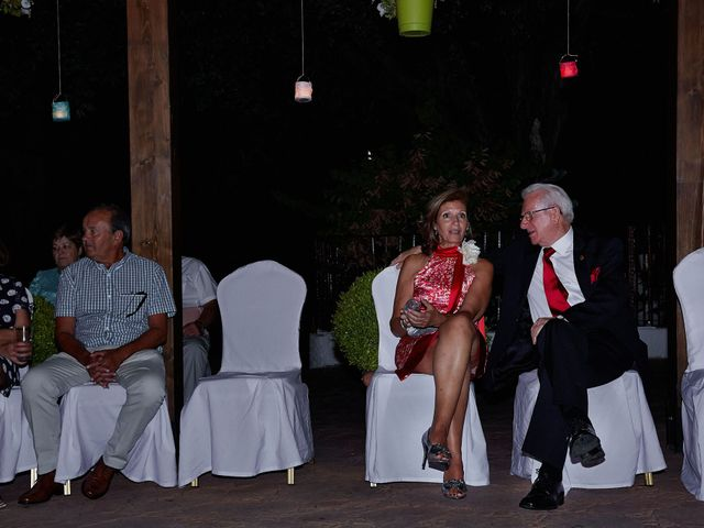 La boda de David y Meme en Jaraiz De La Vera, Cáceres 60