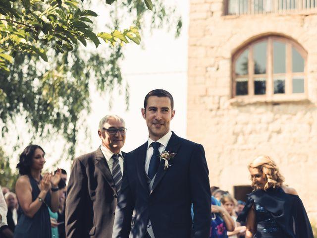La boda de David y Silvia en Puig-reig, Barcelona 16