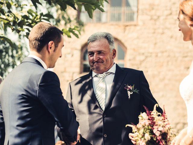 La boda de David y Silvia en Puig-reig, Barcelona 18
