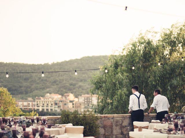 La boda de David y Silvia en Puig-reig, Barcelona 32