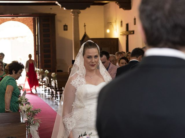 La boda de Javier y Laura en Cubas De La Sagra, Madrid 29