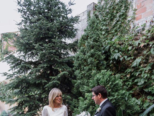 La boda de Silvia y Victor en Vilanova Del Valles, Barcelona 26
