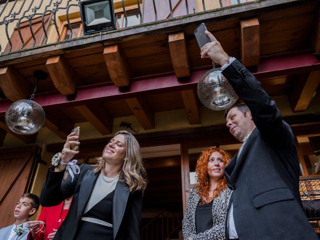 La boda de Silvia y Victor en Vilanova Del Valles, Barcelona 27