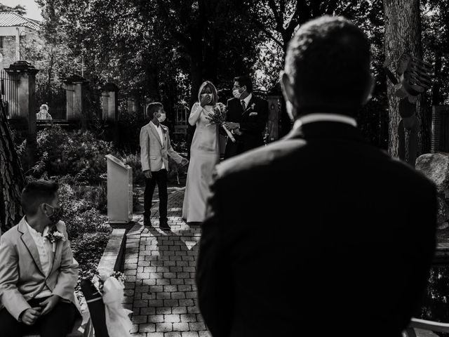 La boda de Silvia y Victor en Vilanova Del Valles, Barcelona 47