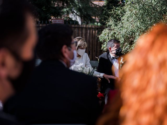 La boda de Silvia y Victor en Vilanova Del Valles, Barcelona 51