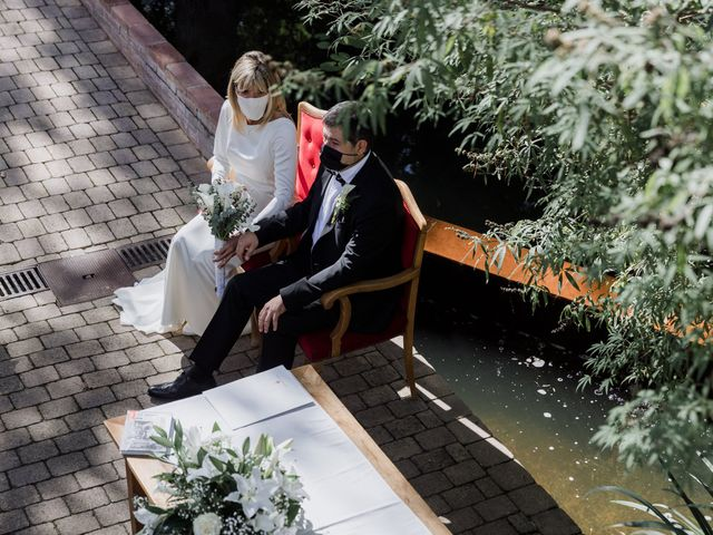 La boda de Silvia y Victor en Vilanova Del Valles, Barcelona 53