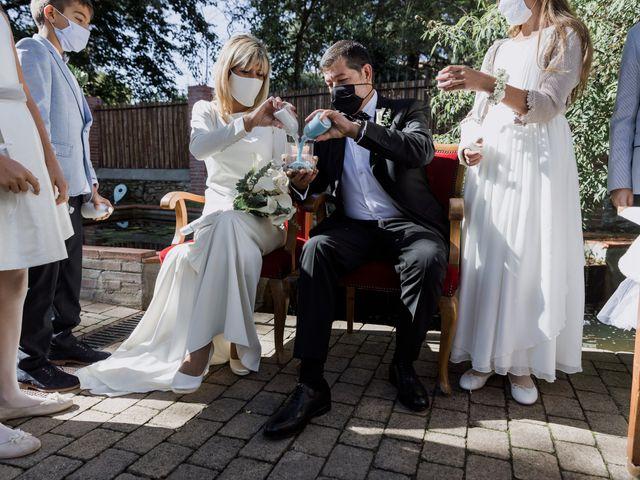 La boda de Silvia y Victor en Vilanova Del Valles, Barcelona 55