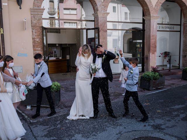 La boda de Silvia y Victor en Vilanova Del Valles, Barcelona 65
