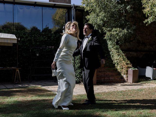 La boda de Silvia y Victor en Vilanova Del Valles, Barcelona 89
